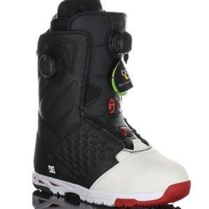 DC Torstein Hormgo Mens Snowboarding Boot SZ 9 NWB